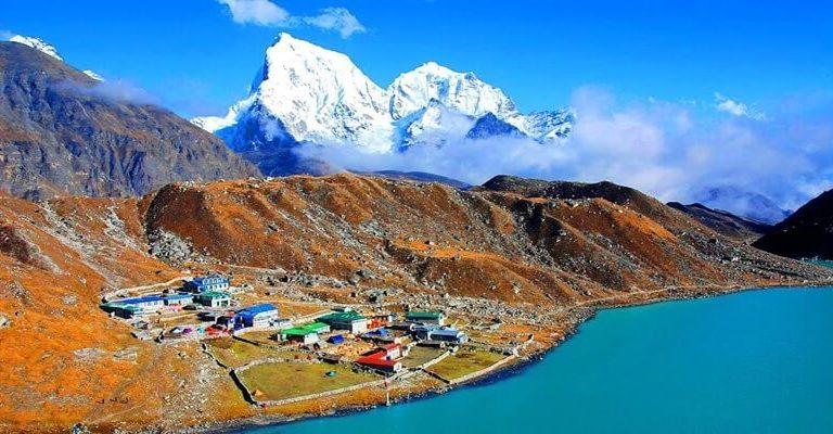 Nepal Travel Guide – Trekking, Booking, Language & More